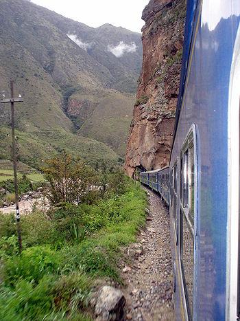 Pérou Décembre 2007 - Train vers Aguas Calientes 2.jpg