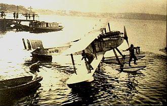 Fairey III - Fairey IIID floatplane during a circumnavigation of Australia in 1924.