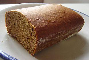 Pane, considerato un alimento di base per eccellenza.