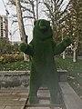 Parc Missak Manouchian, Erevan, statue d'ours (2).JPG