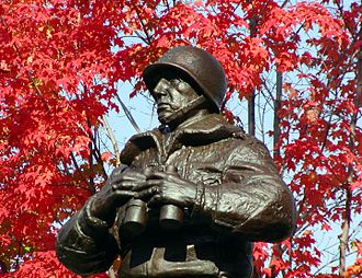 Patton Monument (West Point) - Image: Patton Monument in its original location in front of old cadet chapel circa 2003