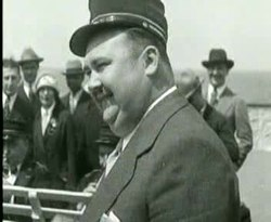 File:Paul Whiteman en zijn orkest.ogv
