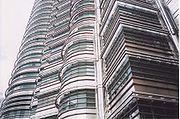 Elewacja Petronas Towers.