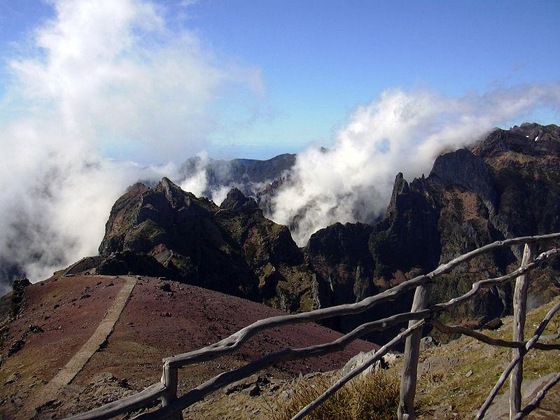Image:Pico-das-Torres.jpg