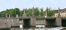 Pikalov bridge (Saint Petersburg).jpg