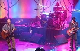 Pixies Uptown Theatre Kansas City 2004.jpg