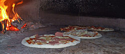 pizza - Wiktionary