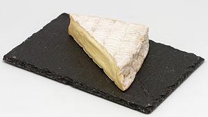 Pont-l'Évêque cheese - Image: Pont l'Évêque 02