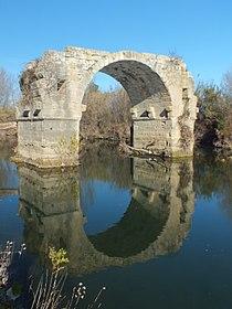 Pont Ambroix 0415.JPG