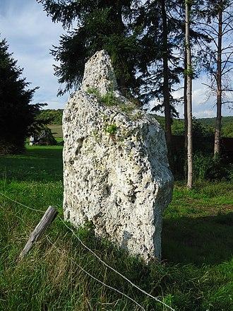 Port-Mort - Menhir
