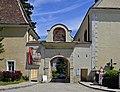 Porta Prima Mauerbach.jpg