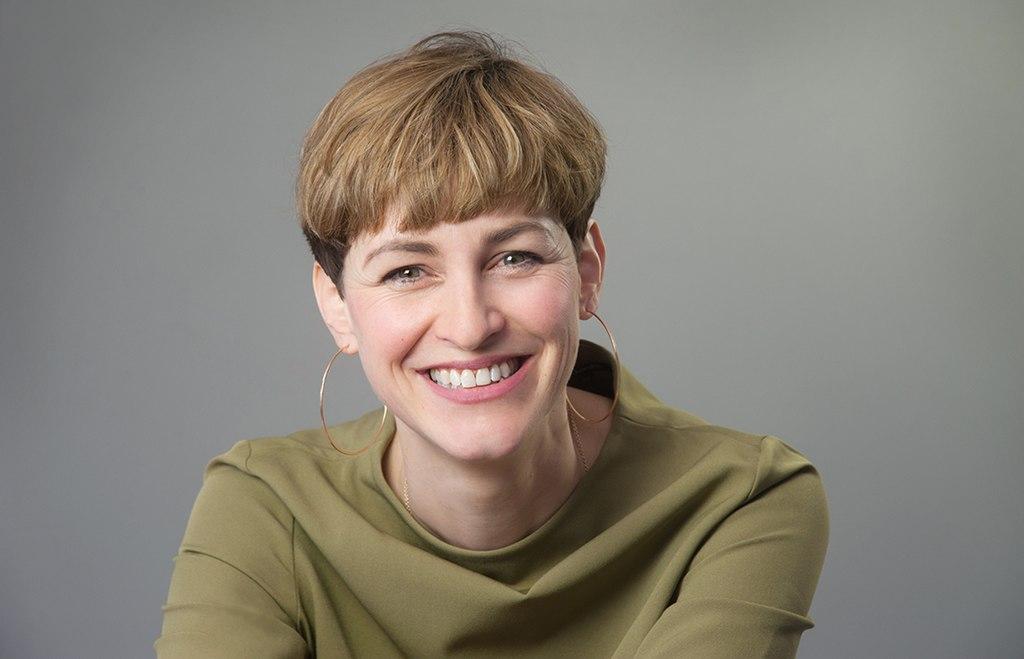 Portrait der Autorin Natalie Grams.jpg