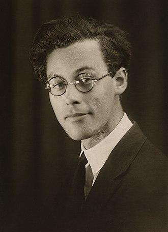Rolf Jacobsen (poet) - Rolf Jacobsen  (1933)