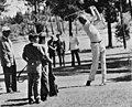 Prins Juan Carlos in aktie, links Generaal Franco spelen golf, Spanje, Bestanddeelnr 923-7749.jpg