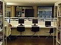 Public access computers (3892025088).jpg