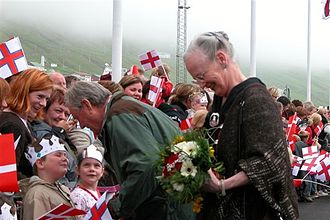 Queen Margrethe II, monarch of the Unity of the Realm, during a visit to Vagur in 2005 Queen Margrethe 21-06-2005 Vagur.jpg