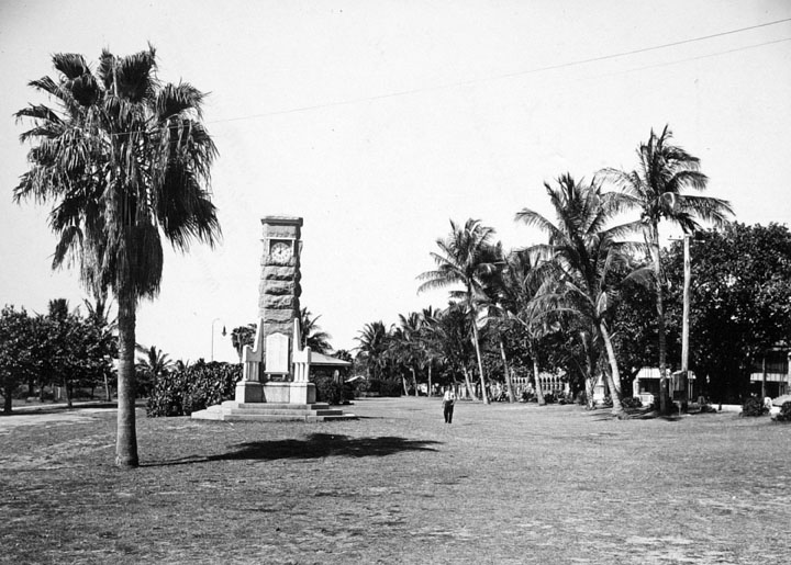 Queensland State Archives 1345 Anzac Memorial and Esplanade Townsville c 1935