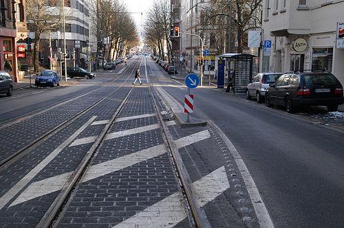 Traversable Haltestellenkap in Kassel