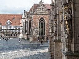 Rüninger Zollhaus, Martinikirche und Statuen am Altstadtrathaus in Braunschweig