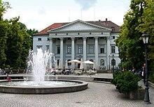 Herigoyen-Bau Ehemalige Französische Gesandtschaft (Präsidialpalais) (Quelle: Wikimedia)