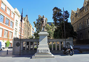 RMIT Melbourne City campus - Ormond statue, Building 1 (right) and Building 2 (left) from La Trobe Street