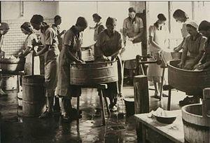 Reifenstein schools - Laundry classes in 1935