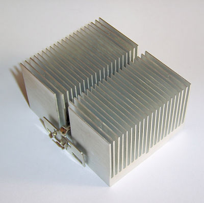 A heat sink provides a large surface area for convection to efficiently carry away heat. Radiator FxJ v2.JPG