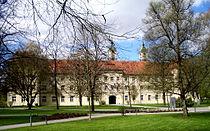 Ravensburg Kloster Weissenau Konvent von Osten.jpg