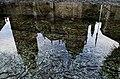 Reflejo Catedral de Toledo en Fuente Tres Aguas -- 2014 -- Toledo, España 10.jpg