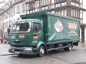 Renault Trucks - Renault Midlum