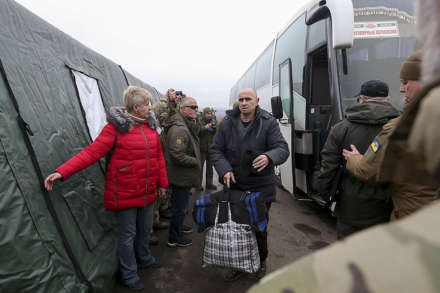 Return of liberated citizens to the territory controlled by Ukraine (2019-12-29) 035.jpg