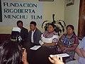 Rigoberta Menchu y Rosalina Tuyuc 2007.jpg