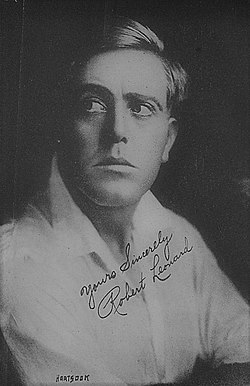 Robert Z. Leonard by Hartsook Photo, 1915.jpg