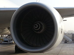 Rolls-Royce Trent 800 - Rolls Royce Trent 800 mounted on an Emirates Boeing 777-300