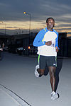 Runners surrounded by camaraderie on Turkey Day DVIDS491153.jpg