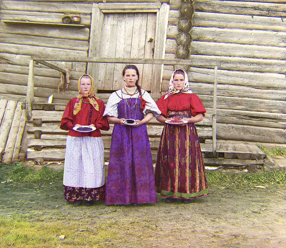 Russian Peasant Girls-retouched