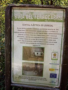 Ruta do ferrocarril. Cartel da central eléctrica do Louredal