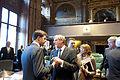 Rutte in gesprek met Hermans in de Eerste Kamer.jpg