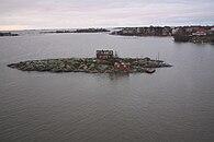 Ryssänsaari Island in front of Helsinki.jpg