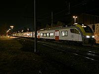 SNCB AM08 Desiro en gare de Jambes 2.JPG