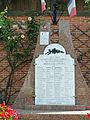 Saint-Eutrope-de-Born - Monument aux morts.JPG
