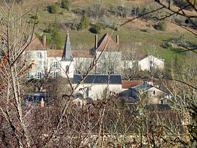 Saint-Paul-de-Serre village.JPG