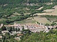 Saint Eulalie de Cernon Château et fortifications.JPG