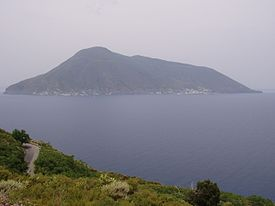 Salina view from Lipari.jpg