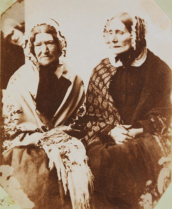Sally and Mrs Reed (4095065677).jpg