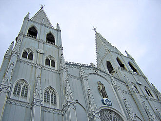 San Sebastian Church (Manila) - The twin spires of San Sebastian Church