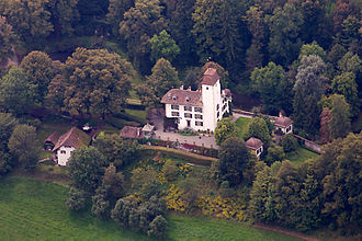 Rümligen Castle - Image: Schloss Ruemligen 6329