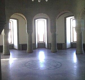 Black Sun (occult symbol) - Image: Schwarze Sonne Obergruppenführersaa l (SS Generals' Hall)