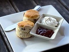 https://upload.wikimedia.org/wikipedia/commons/thumb/0/08/Scones_cream_jam.jpg/240px-Scones_cream_jam.jpg