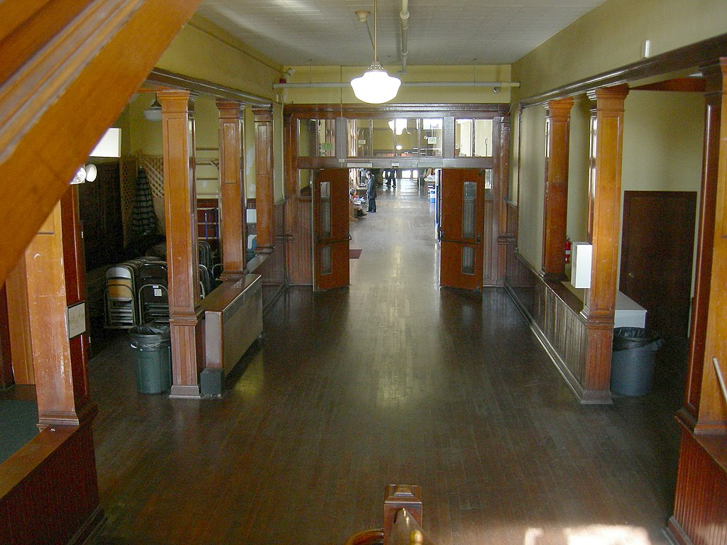 File Seattle University Heights School Interior Wikimedia Commons